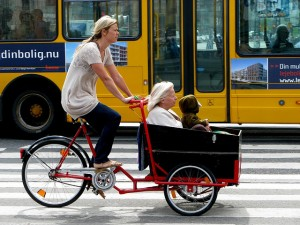 Multigenerational cycling is a common sight in Copenhagen. In Chicago,      the bulk of riders are male.