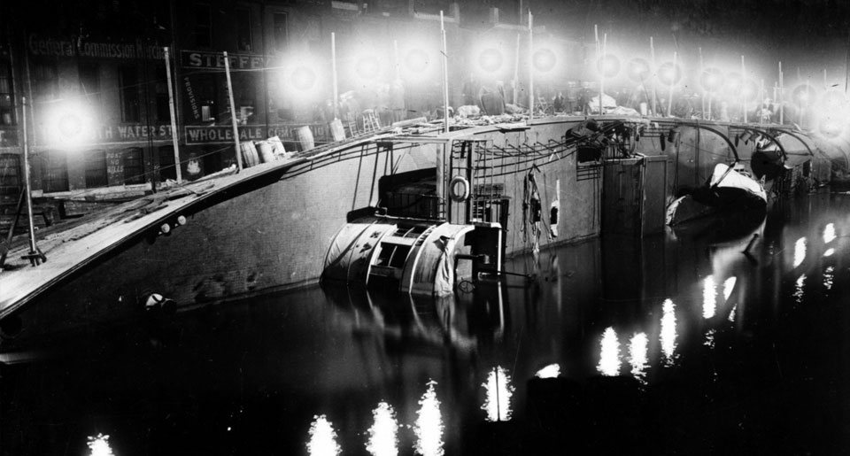 Eastland, evening of disaster
