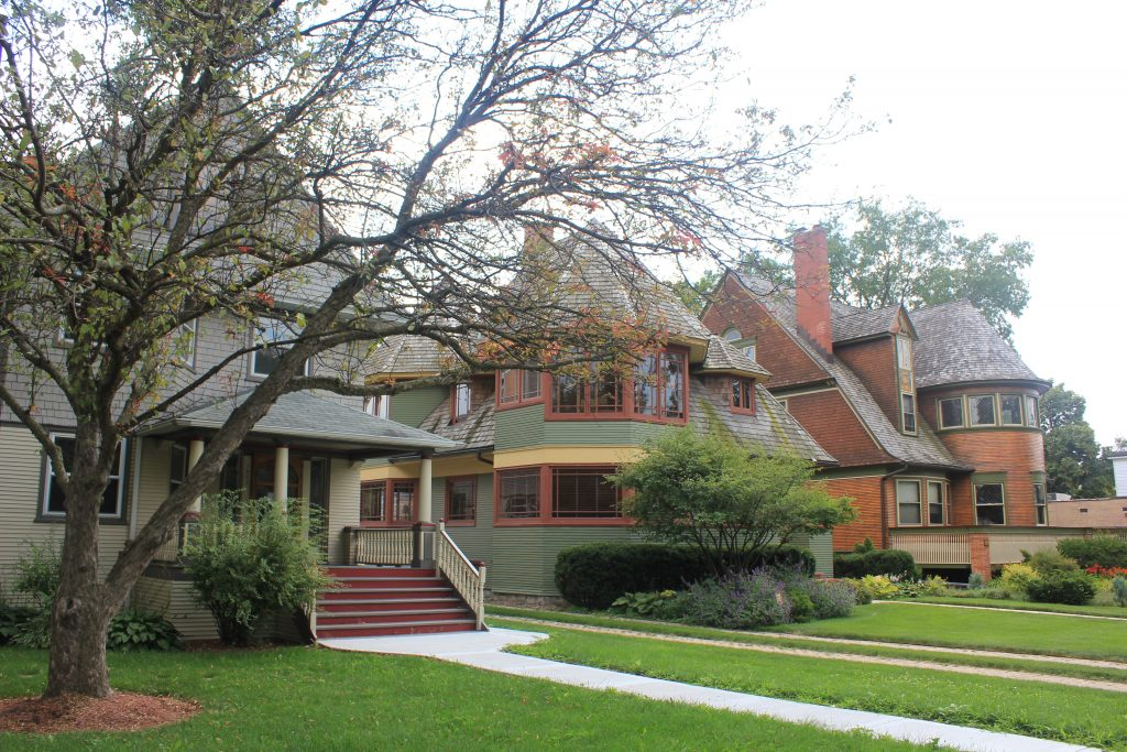 "Oak Park, three ""Bootleg Houses"" with front lawns"